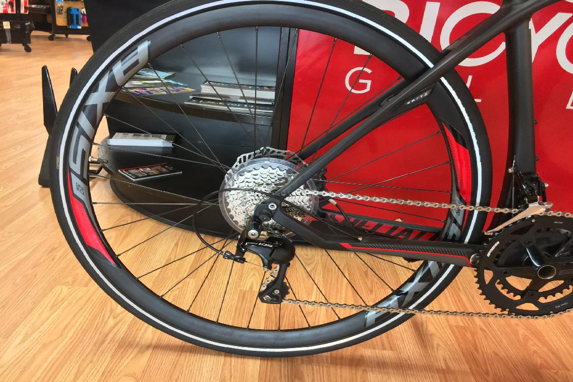 2015 Specialized Sirrus Expert Carbon Disc  Medium
