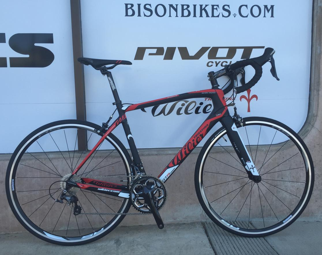 2017 Wilier GTR TEAM SHIMANO ULTEGRA (INCLUDES NEW SHIMANO CLIPLESS CARBON PEDALS) Large