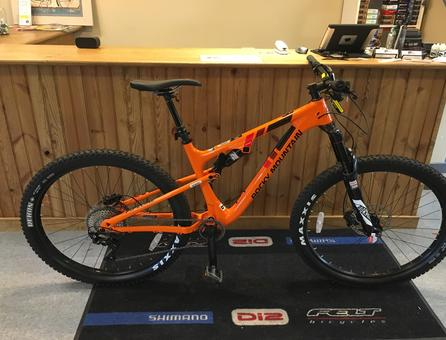 discount bikes, bicycles for sale, bike discount, 2017 Rocky Mountain Pipeline 750 MSL