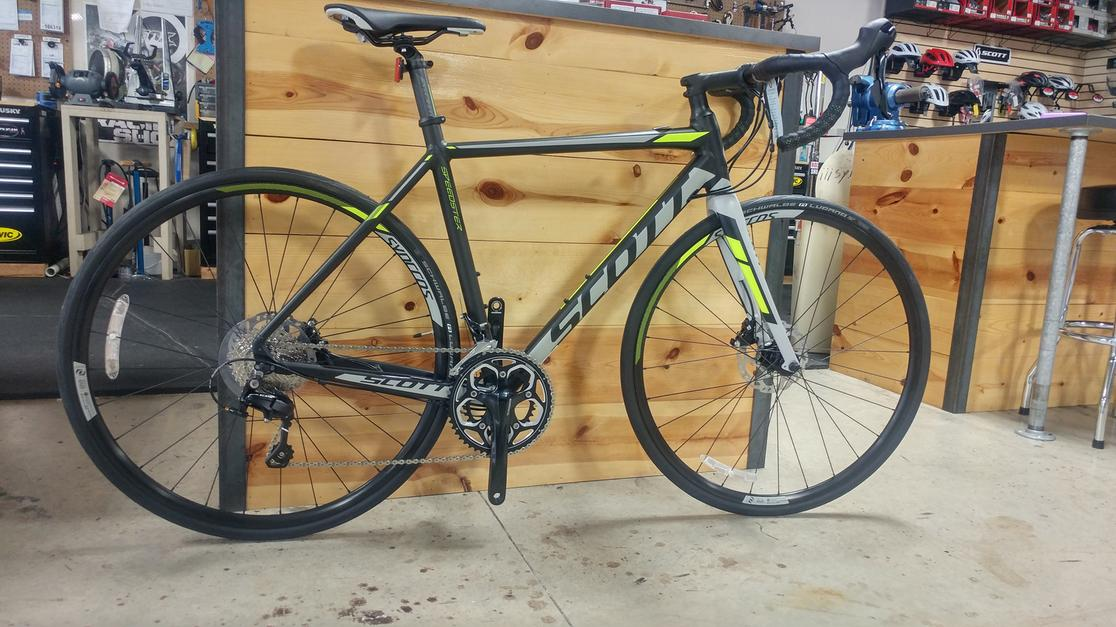 2017 Scott Speedster 10 Disc 105 Medium