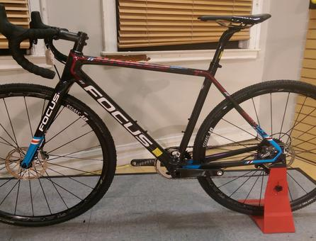 discount bikes, bicycles for sale, bike discount, 2017 Focus Mares CX Force 1